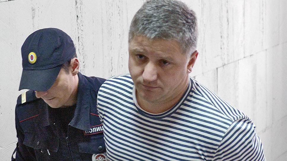 Бывший председатель правления компании «РусГидро» Евгений Дод (справа)