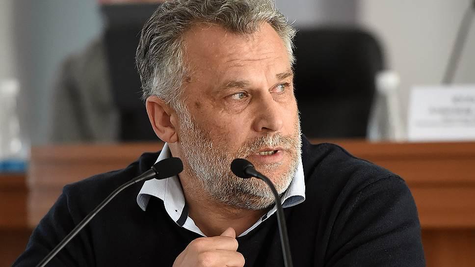 Как в заксобрание Севастополя вновь были внесены поправки о выборности губернатора