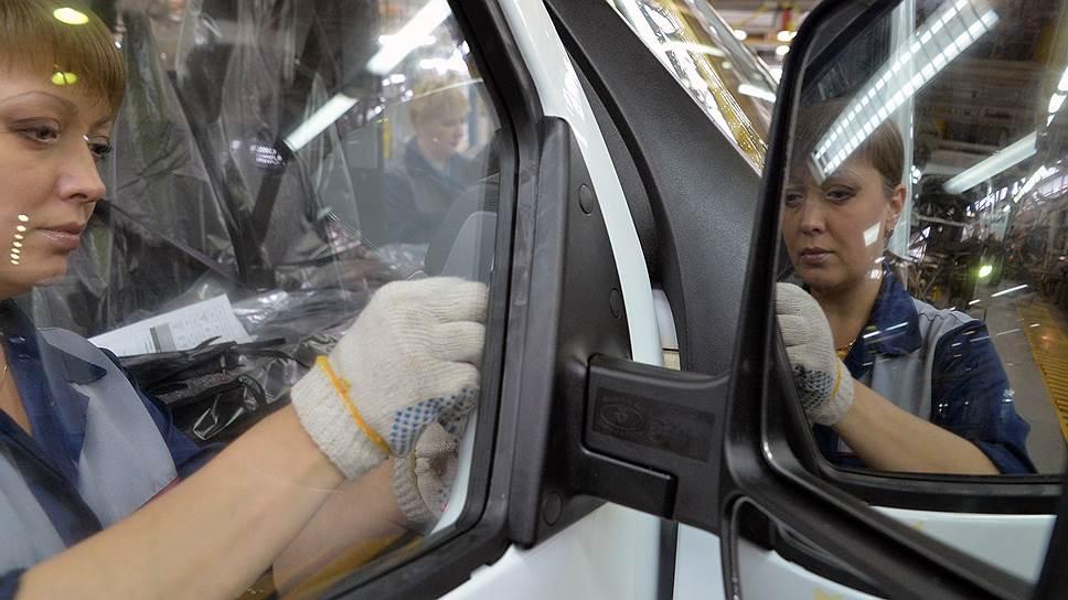 """Как в правительстве приступили к разработке """"новой промсборки"""" для автозаводов"""