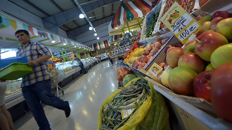 Почему граждане меняют сбережения на еду