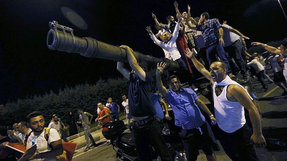Почему попытка военного переворота радикально изменит Турцию и ее отношения с внешним миром