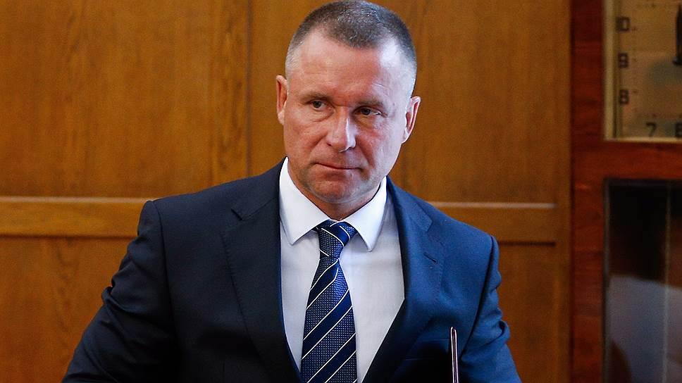 Новый глава Калининградской области Евгений Зиничев, перебравшийся в область только в прошлом году, и в главы правительства подобрал «варяга»