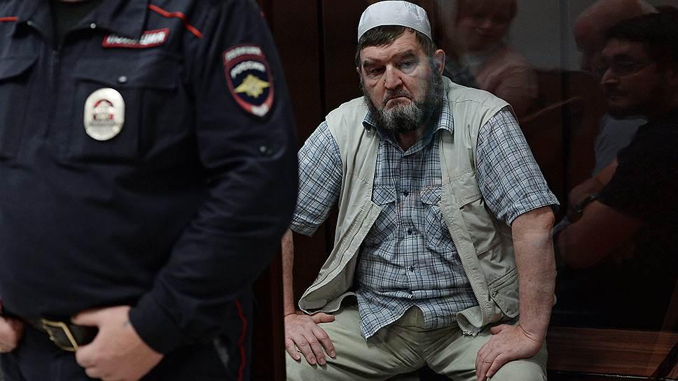 Почему Мосгорсуд оставил без изменения меру пресечения имаму мечети Ярдям
