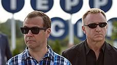 Дмитрий Медведев пойдет к выходу из кризиса своим путем