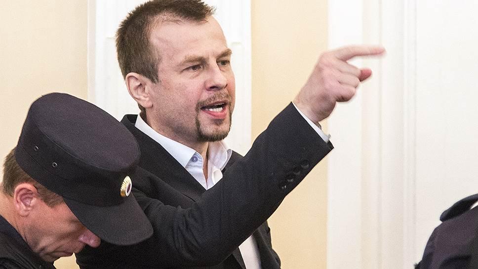 Почему Евгений Урлашов был приговорен к двенадцати с половиной годам строгого режима