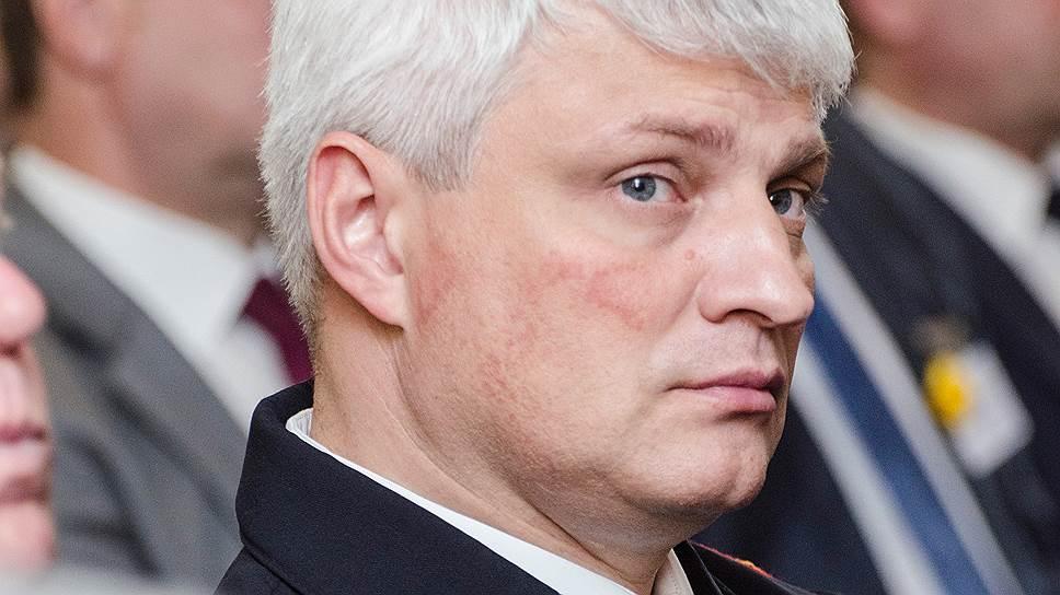 Как Сергей Губарев списывал личные расходы на казенный счет