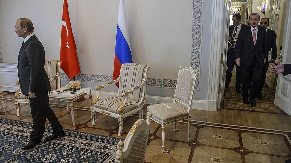 Слушали — восстановили / Как президенты России и Турции заново строили отношения двух стран