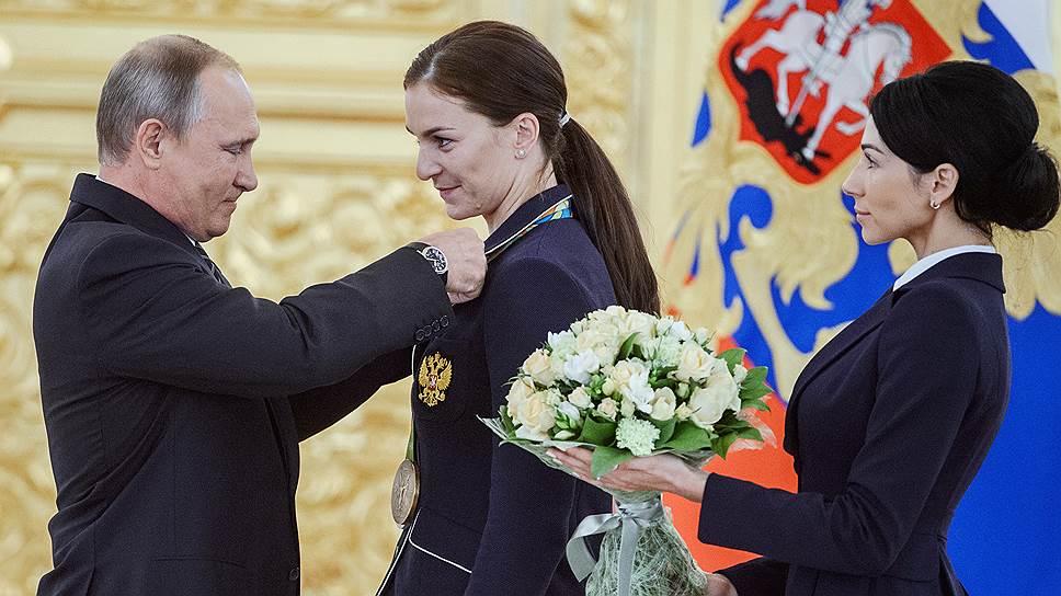 Как Владимир Путин принял олимпийских чемпионов и призеров