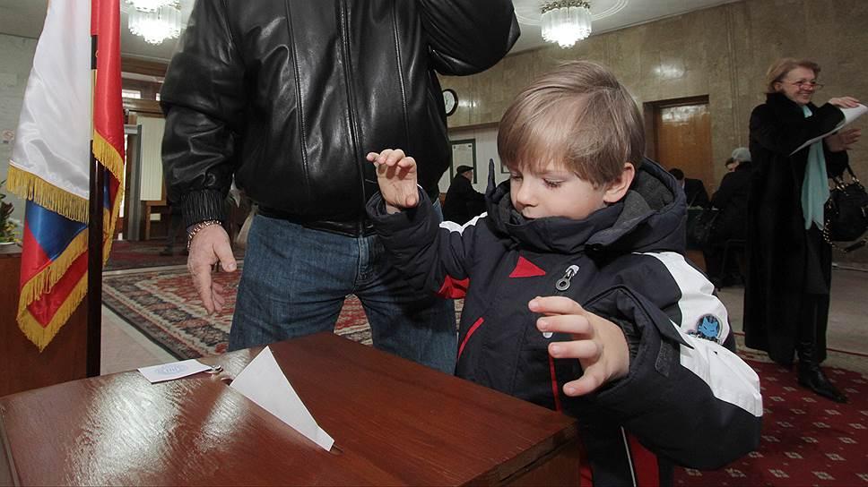 Почему в Москве сомневались в том, что получится обеспечить безопасность на избирательных участках на Украине