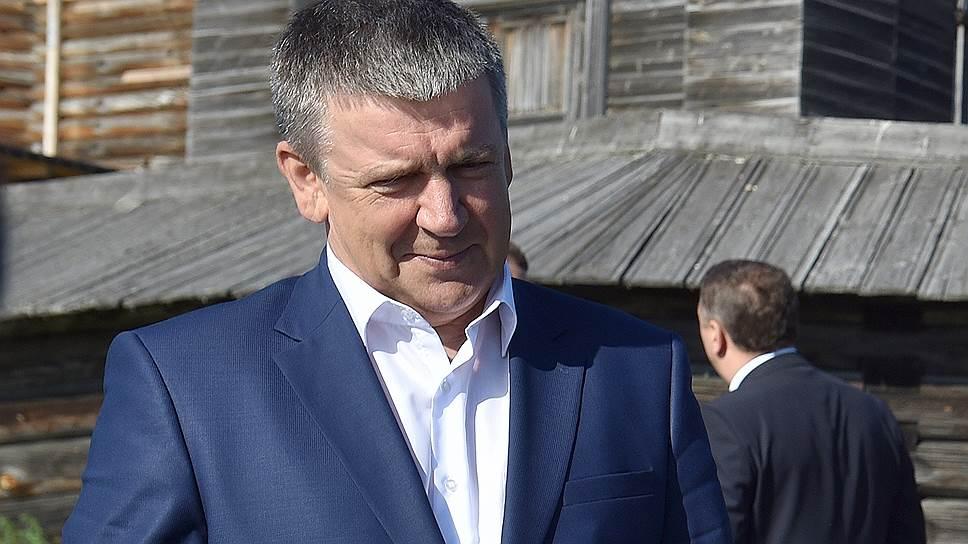 Александр Худилайнен хочет выиграть выборы в заксобрание, чтобы остаться губернатором