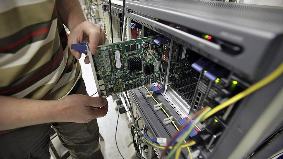 Сколько российские производители электроники попросили на реализацию «закона Яровой»