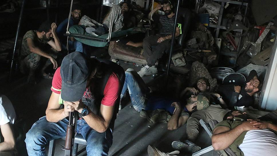 Как авиация США по ошибке разбомбила группировку сирийской армии