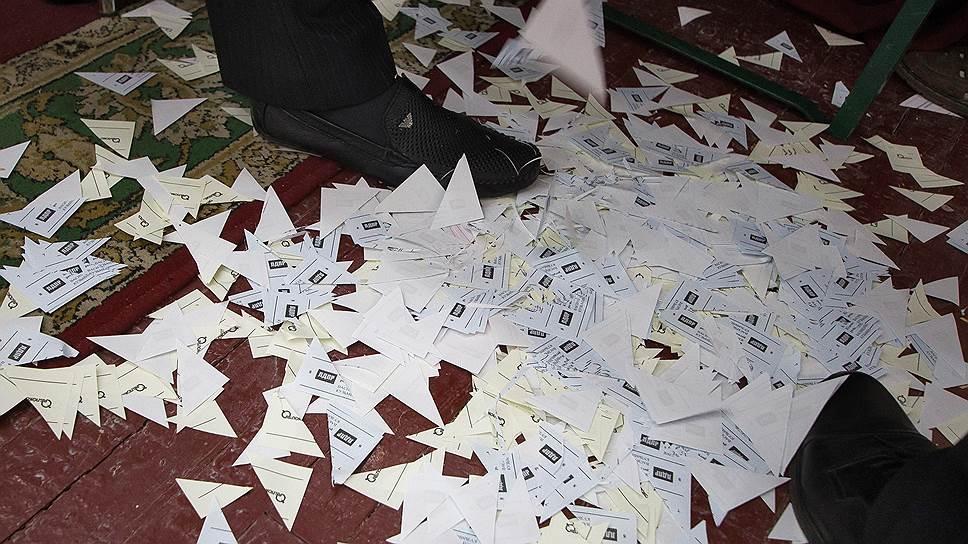 Как подсчет голосов привел к уголовным делам и митингам