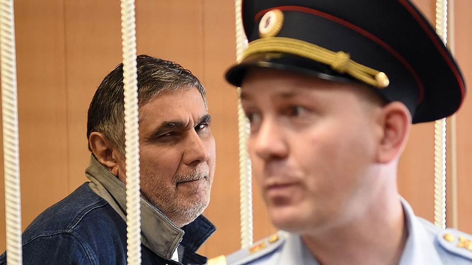 Как адвокат, защищавший противников Захария Калашова, перешел на его сторону