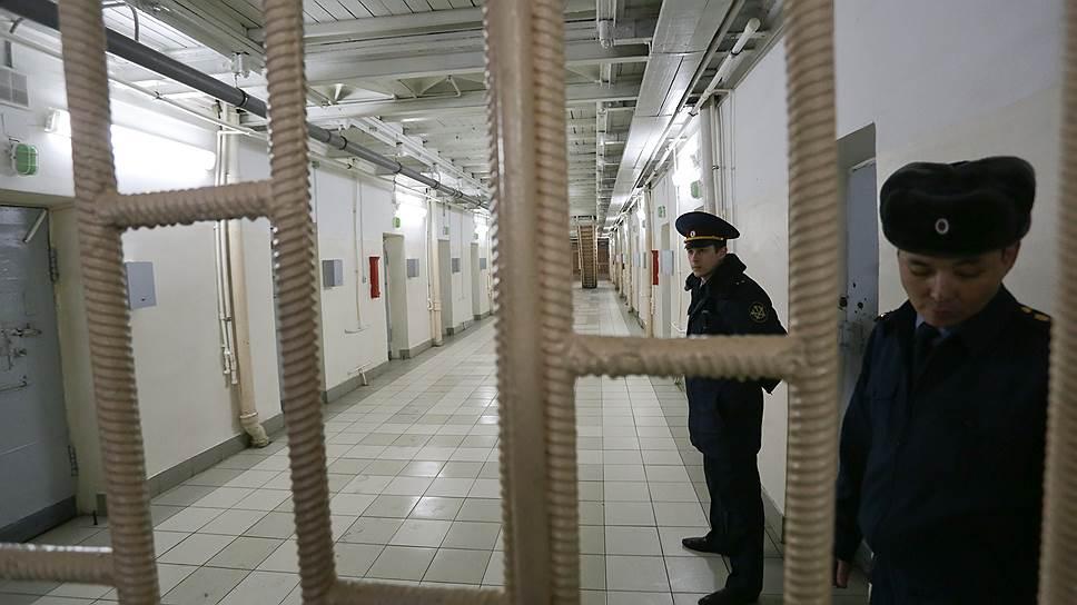 Как в сентябре прошлого года защитники жаловались на очереди в переговорные комнаты московских СИЗО