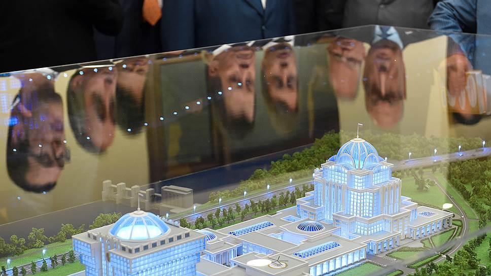 Почему в новой Думе пока нет комиссии по парламентскому центру
