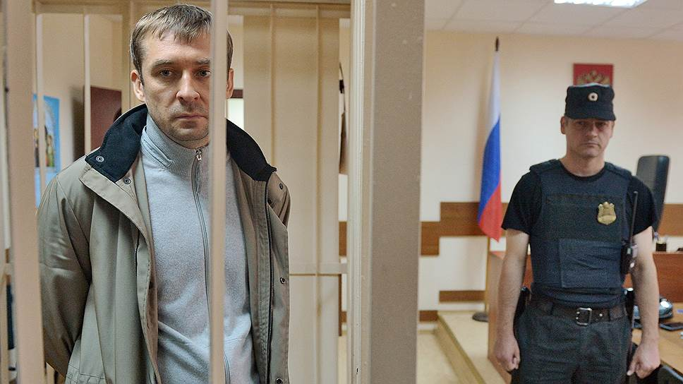 Желание помочь следствию не освободило полковника Захарченко