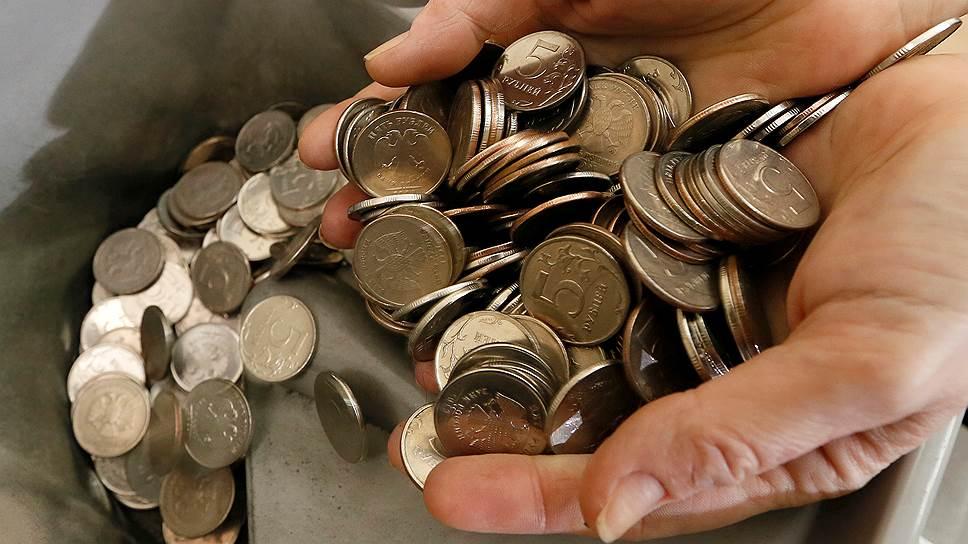 От Минэкономики требуют предсказать дешевеющий рубль при снижающейся инфляции