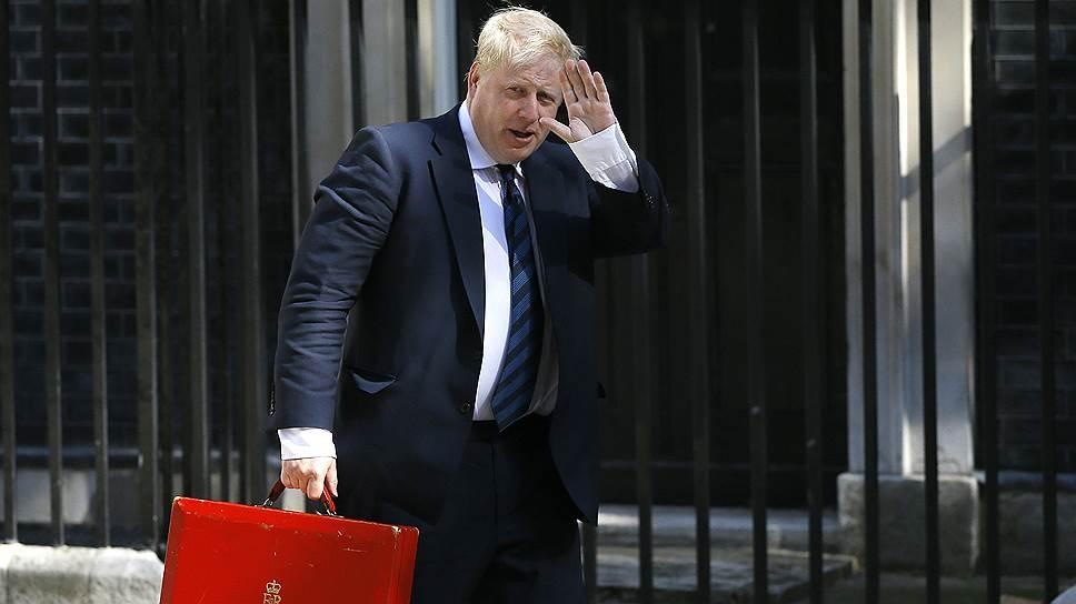 Получив министерский пост в правительстве Великобритании, экс-мэр Лондона Борис Джонсон взял на себя роль главного западного обличителя Москвы
