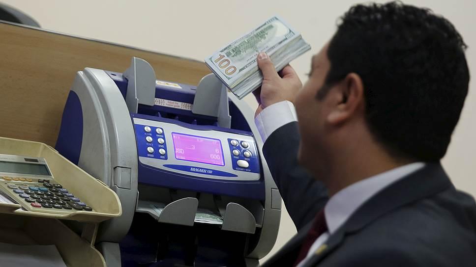 Как владельцев иностранных счетов пригласили на собеседование в налоговую