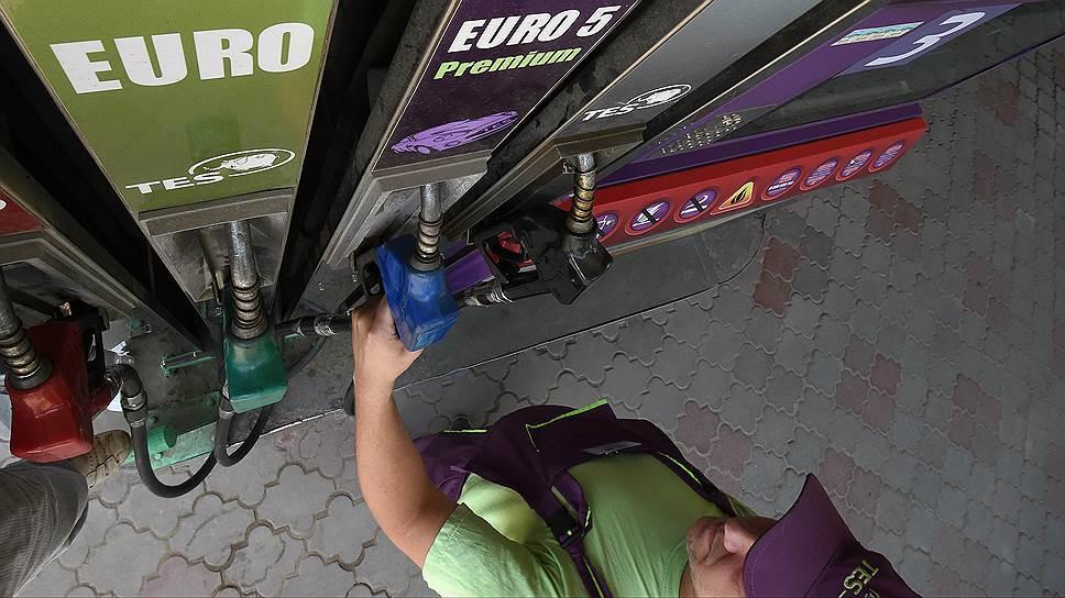 """""""Ъ"""" стали известны финальные параметры налоговых изъятий из нефтегазовой отрасли в следующие три года"""