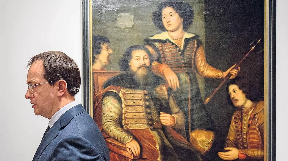 Владимир Мединский провел постзащиту диссертации Страна  Как у диссертации Владимира Мединского прибавилось оппонентов