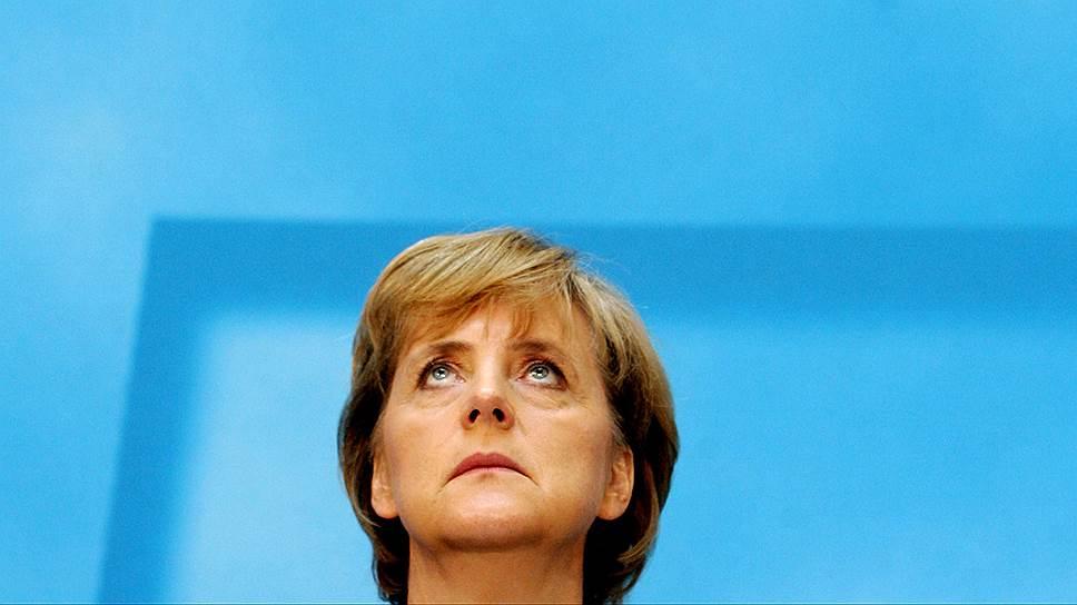 Ангела Меркель (на фото — в 2005 году, когда она впервые стала канцлером) надеется, что у нее есть все основания быть переизбранной на четвертый срок