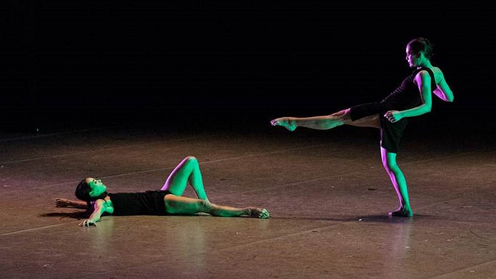Диана Вишнева и Орели Дюпон станцевали «B/olero» в постановке Охада Наарина на фестивале Context в Москве и в Петербурге