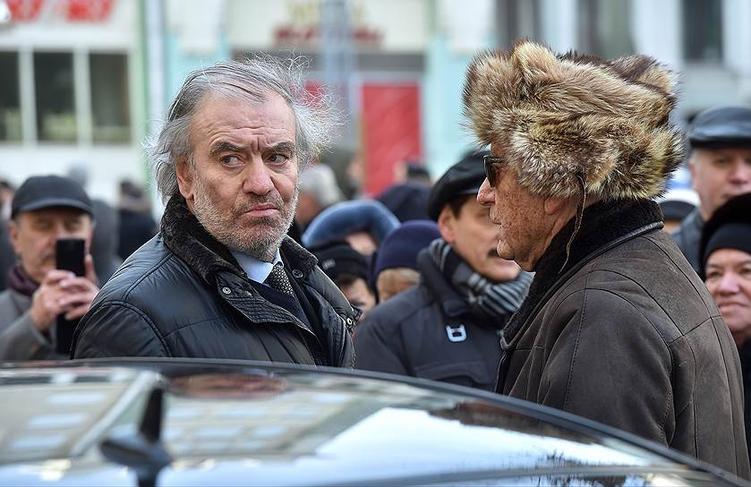 Композитор Родион Щедрин (справа) и музыкальный руководитель Мариинского театра дирижер Валерий Гергиев (слева)