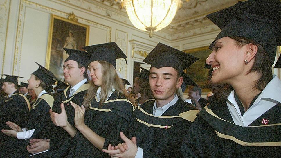 Почему Общественная палата предложила усложнить процедуру лишения ученой степени