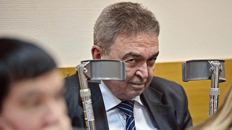 Гособвинитель усомнился в юридических услугах Центру имени Хруничева