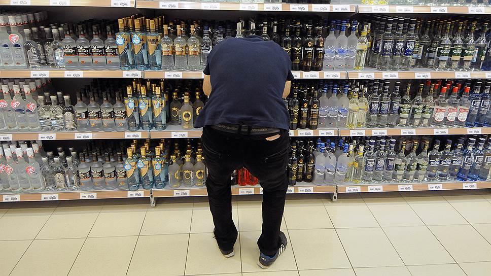 Чаще всего в России подделывают алкоголь и одежду