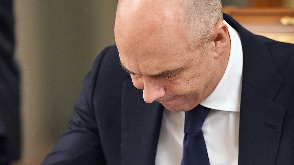 Почему Минфин видит необходимость пенсионной и налоговой реформ лишь с 2019 года
