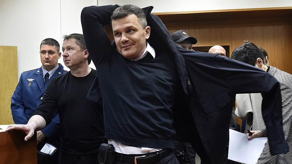 Не уголовное это дело, а благотворительное / Как в деле Домодедово прокуроры победили следствие