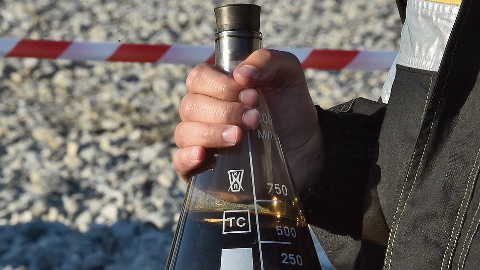 Почему Россия собирается сократить поставки нефти в Белоруссию