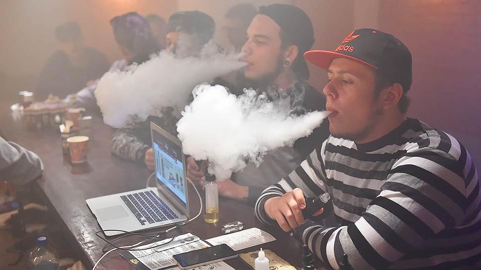 Как Мосгордума предлагает регулировать электронные системы доставки никотина