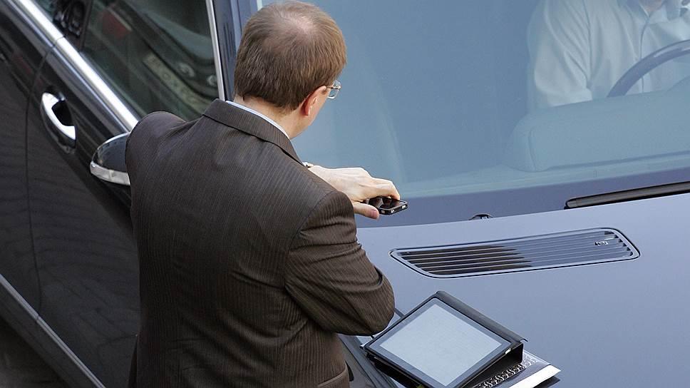 Почему чиновникам придется  отчитываться о своей активности в сети
