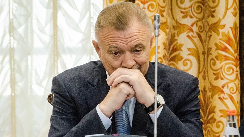 Кто стал четвертым губернатором, покинувшим свой пост