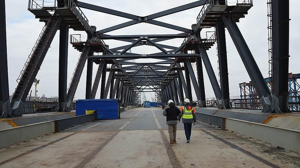 Почему подходы к Керченскому мосту предлагают оставить без подстанции
