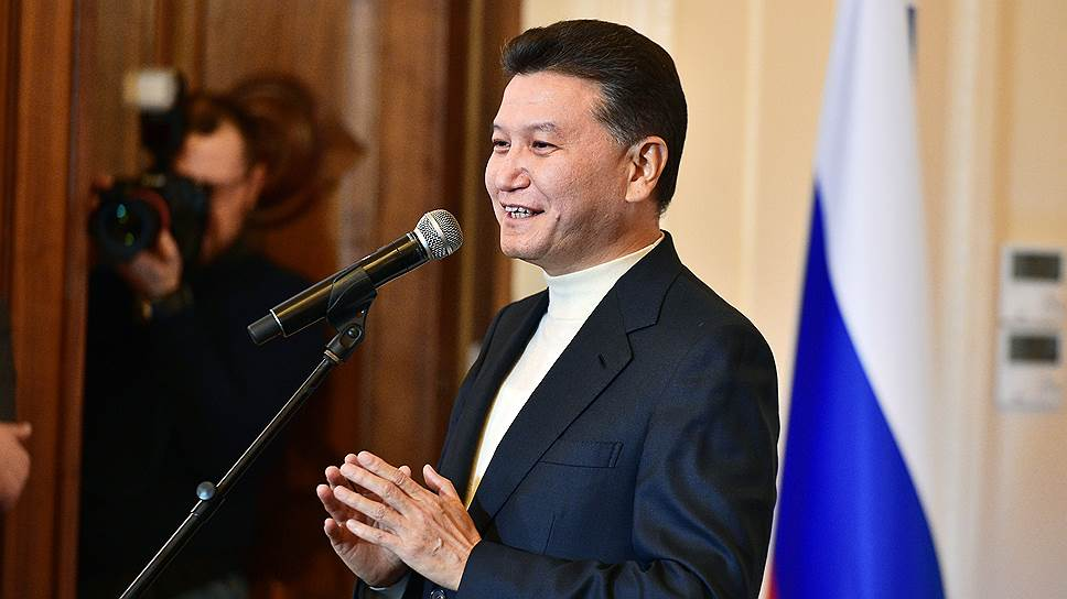 """Что Кирсан Илюмжинов рассказал """"Ъ"""" о тех, кто пытается отправить его в отставку"""