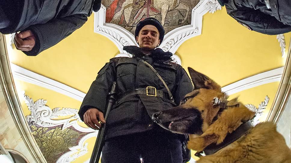 Как метрополитен Москвы и Петербурга вновь усиливает меры безопасности