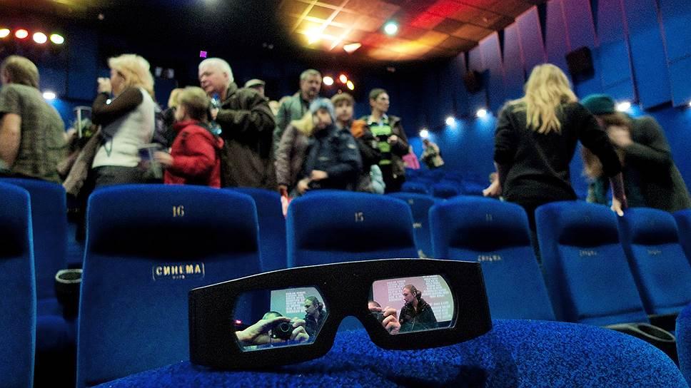 Сборы российского кинопроката растут медленнее, чем его посещаемость