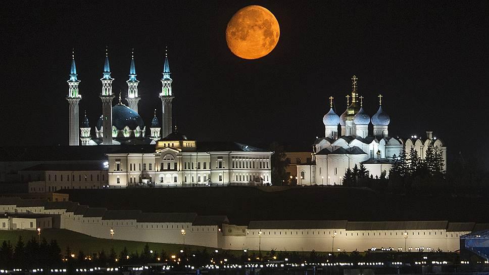 Как съезд Всетатарского общественного центра предложил обновить договор с Москвой