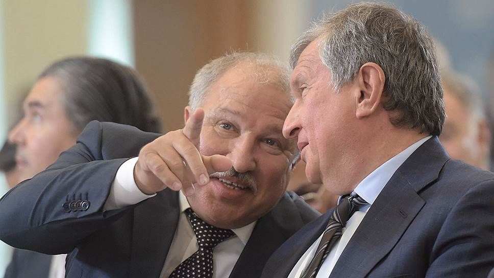 Эдуард Худайнатов готов указать главе «Роснефти» Игорю Сечину (на фото справа) самые интересные активы своей Независимой нефтяной компании