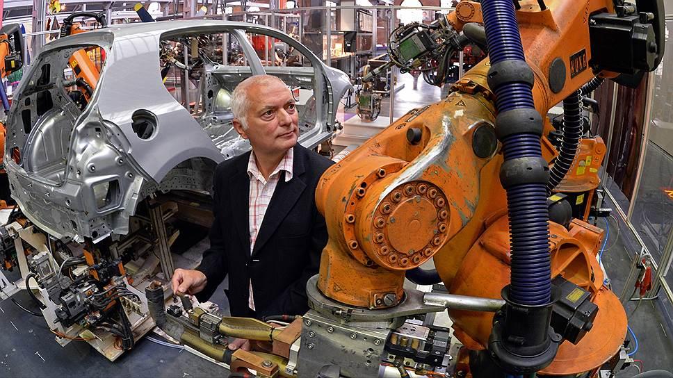 Чью зарплату отберут роботы