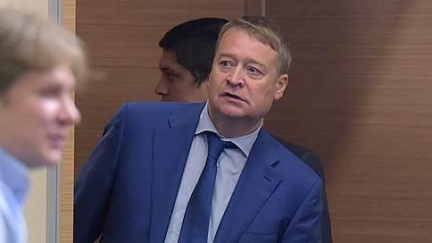 Леониду Маркелову предложили во всем сознаться  / Следственный комитет задержал недавно отправленного в отставку главу Марий-Эл