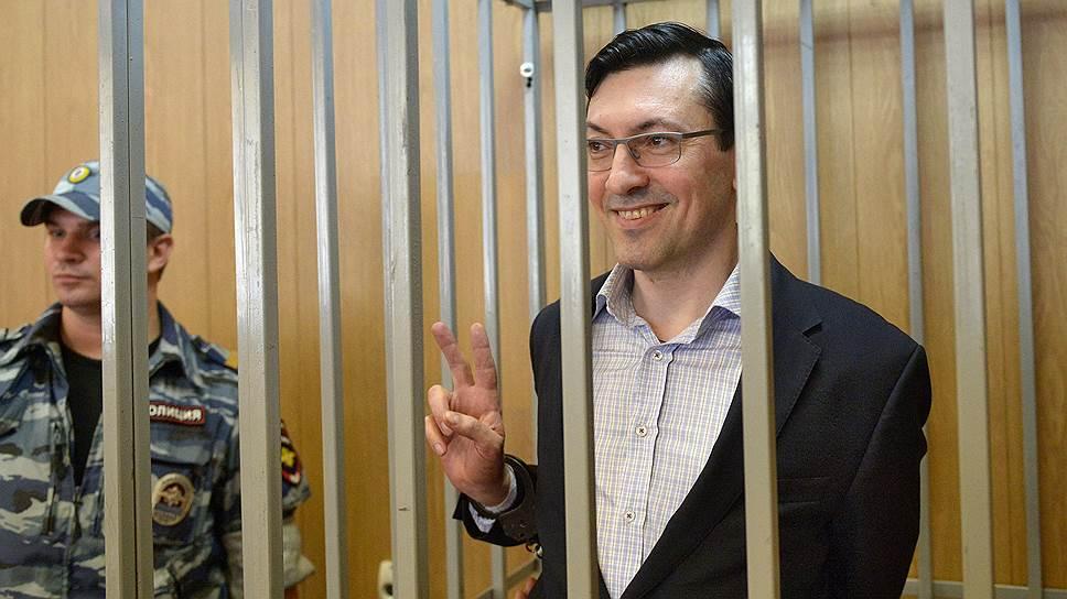 Как с Александра Поткина были сняты обвинения в легализации