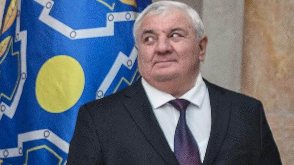 Решение о назначении представителя Армении генерал-полковника Юрия Хачатурова новым генсеком ОДКБ далось членам блока непросто