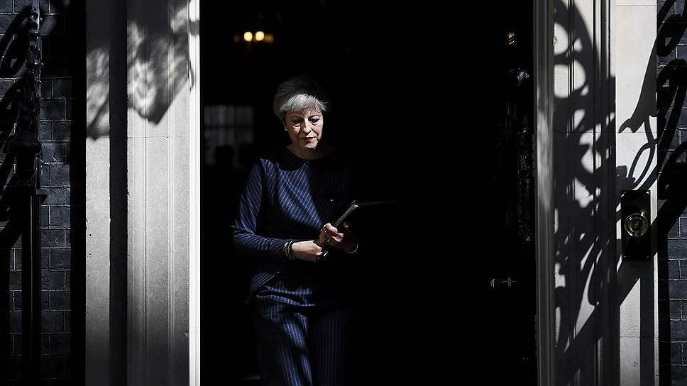 Британский премьер Тереза Мэй считает, что досрочные выборы помогут ей вести переговоры с ЕС о «Брексите»