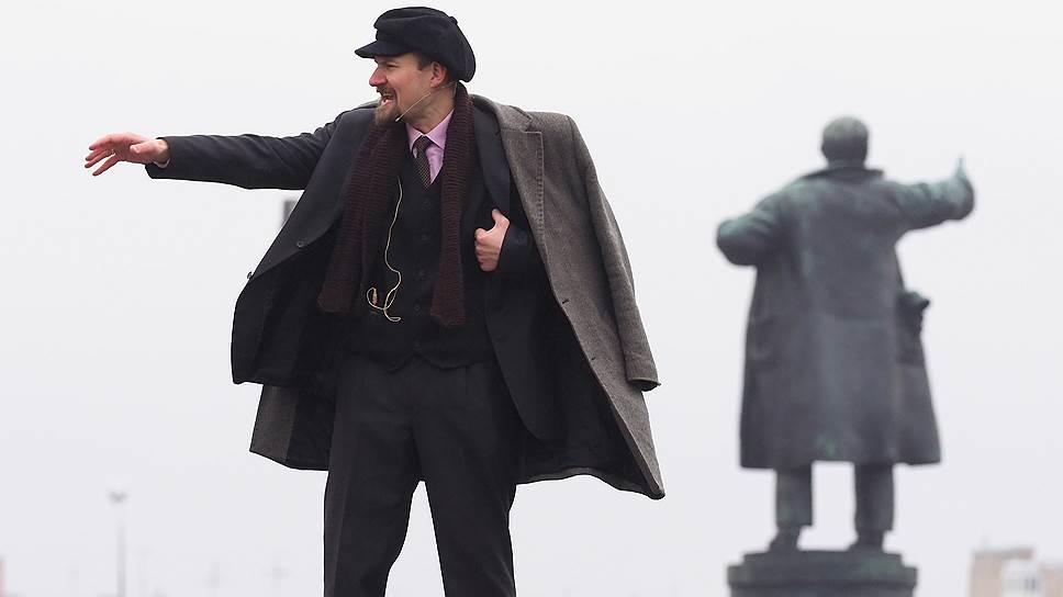 Почему памятники Ленину обрели всенародную поддержку